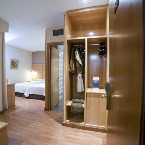 HOTEL SERRANO-215