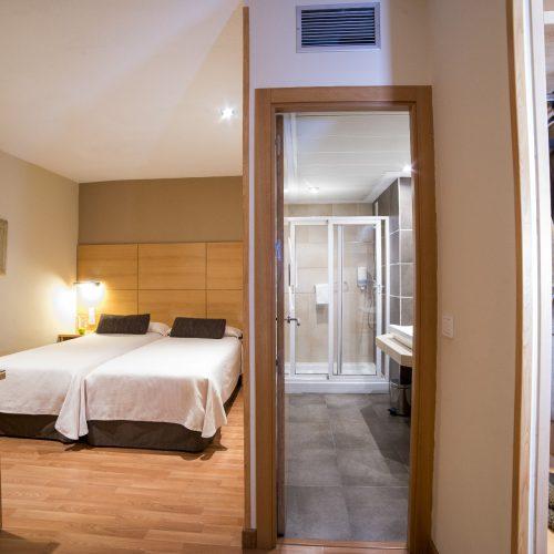 HOTEL SERRANO-229