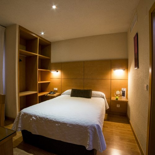 HOTEL SERRANO-282