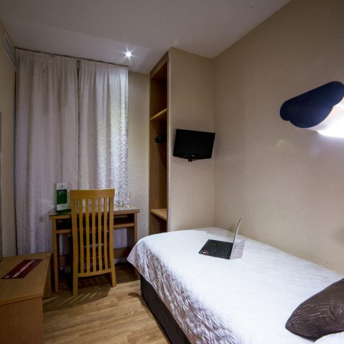 HOTEL SERRANO-287